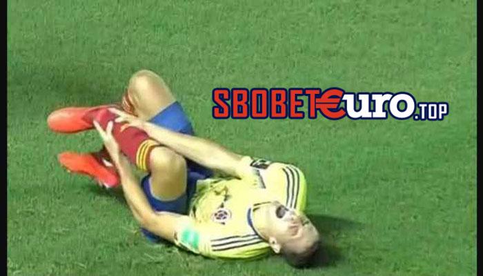 Pemain Incaran Man Utd dan Juventus Menjerit Kesakitan Saat Bela Kolombia